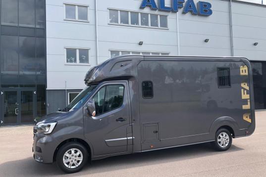 ALFAB 5 sits Stuterimodell på nya Renault Master med automat och 180 hk