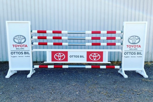 Sponsorhinder inklusive frakt inom Sverige!